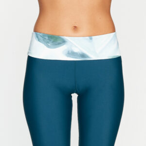 OY Apparel Nias Jungle Green Leave Surfleggings front